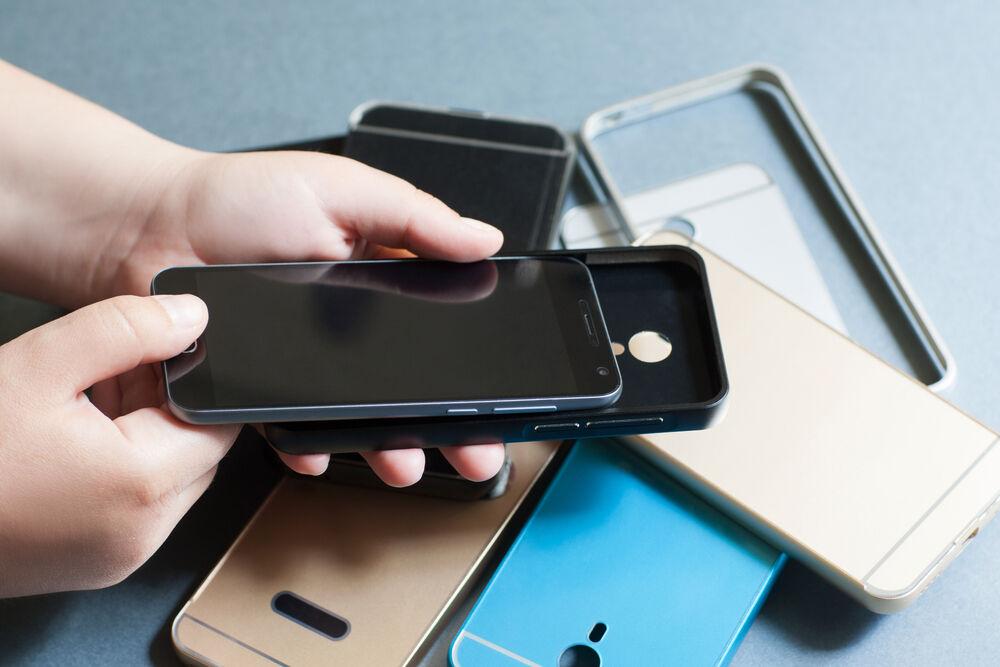 Nggak Mau Pakai Case Kesalahan Pengguna Smartphone