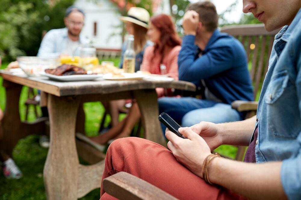 Dampak Positif Tanpa Smartphone 4