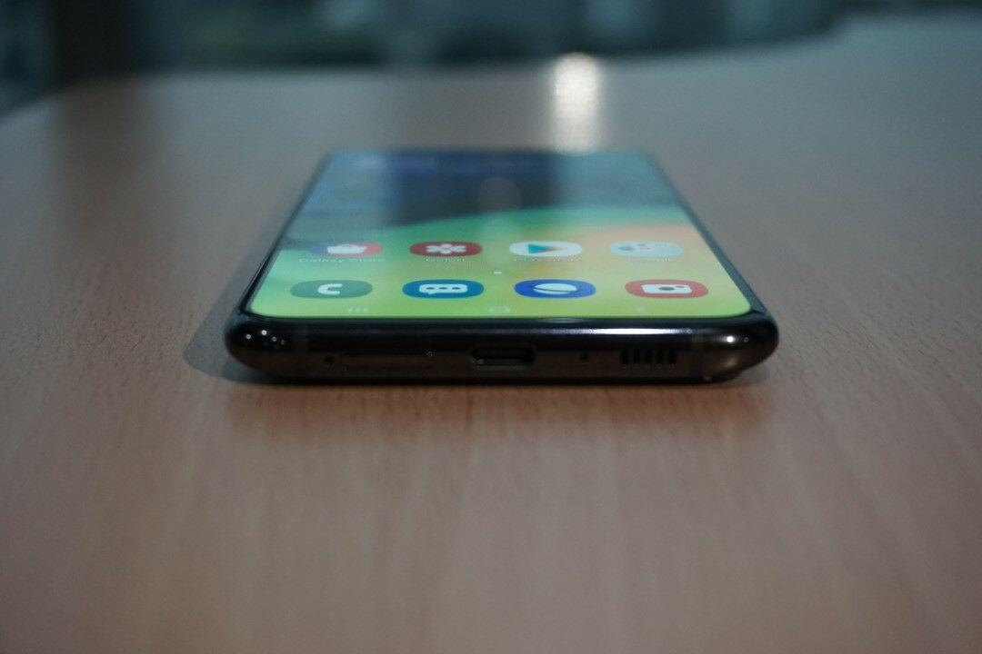Desain Samsung Galaxy A80 06 Aba37