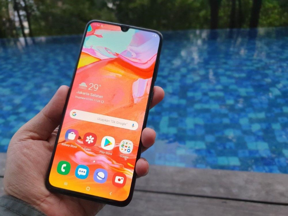 Unboxing Samsung Galaxy A70 03 06867