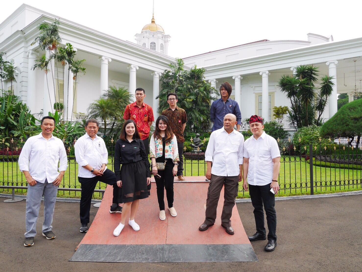 Kreator LINE di Istana Bogor