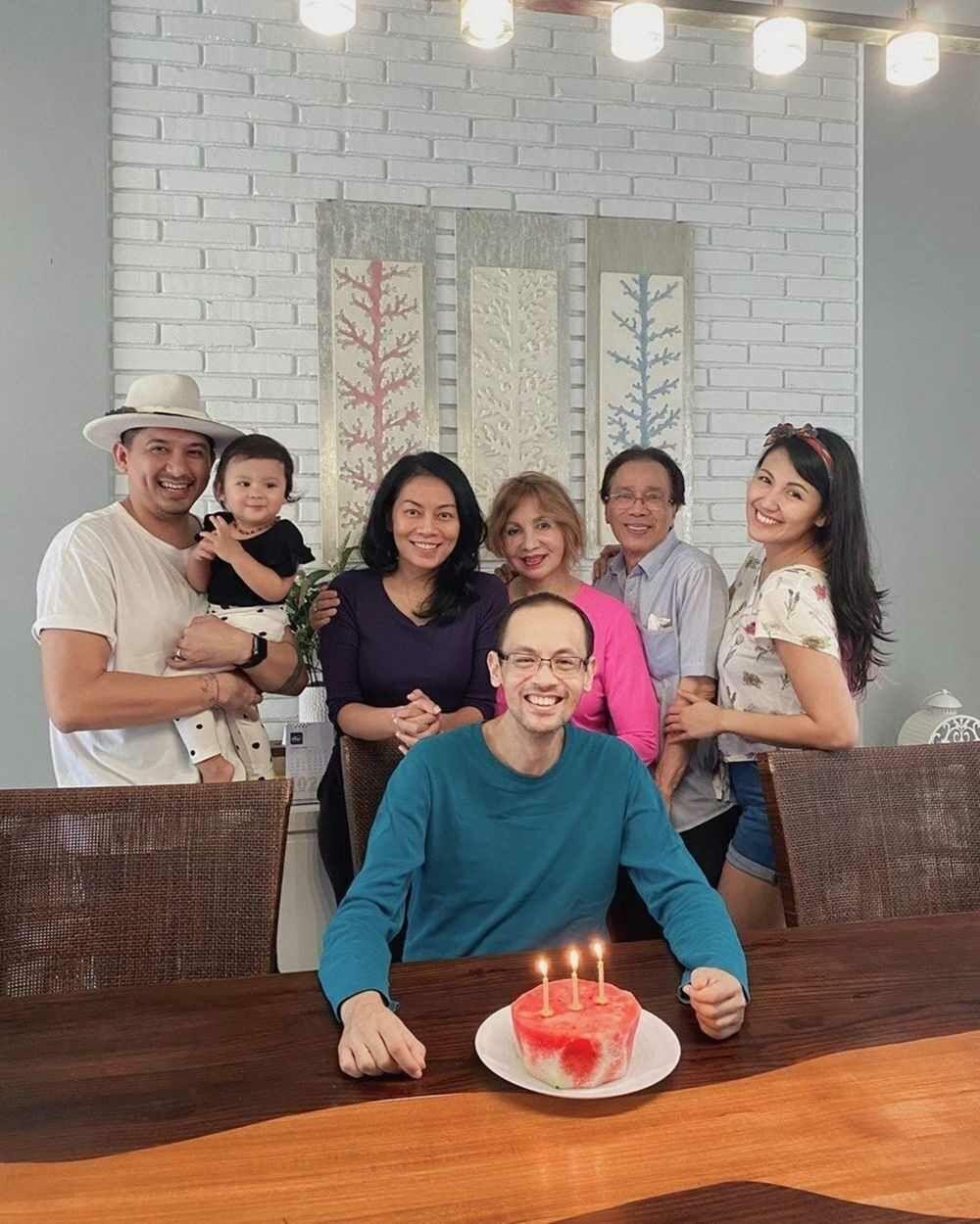 Dewi Lestari Dan Sharena Delon A6cec