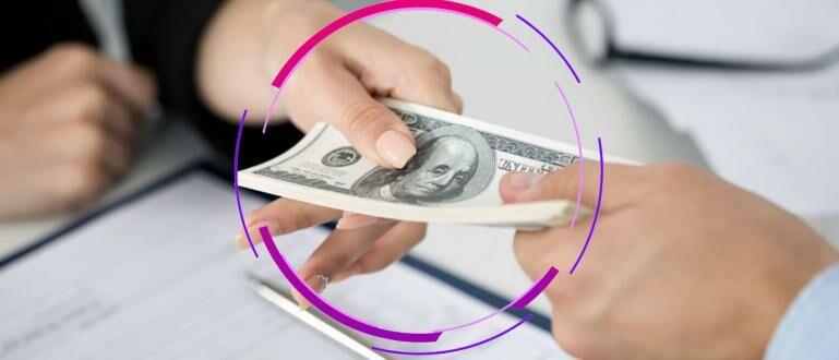 Pinjam Uang Online vs Pinjam dari Bank | Mending yang Mana ...